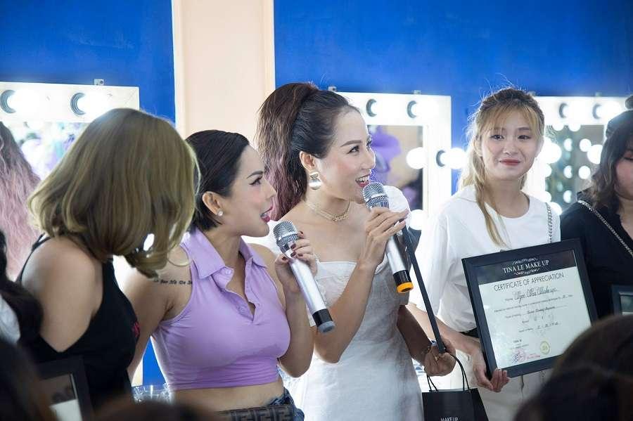 Tina Le và đội ngũ giảng viên cũng rất vui mừng khi nhìn thấy lứa học viên của mình trưởng thành và luôn vững vàng trên con đường sự nghiệp.