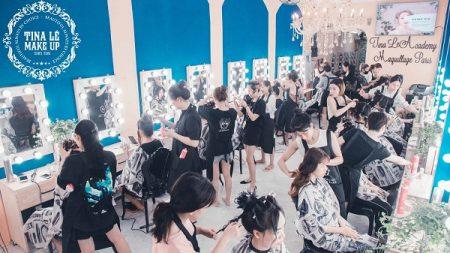 lớp học trang điểm cá nhân tại Tina Le Make Up