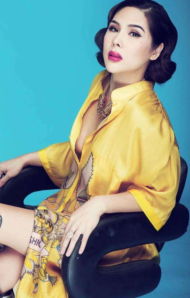 Chuyên gia make up Tina Lê
