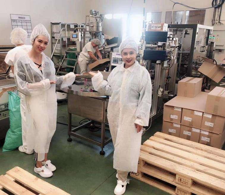 Tham quan nhà máy sản xuất Dermacol