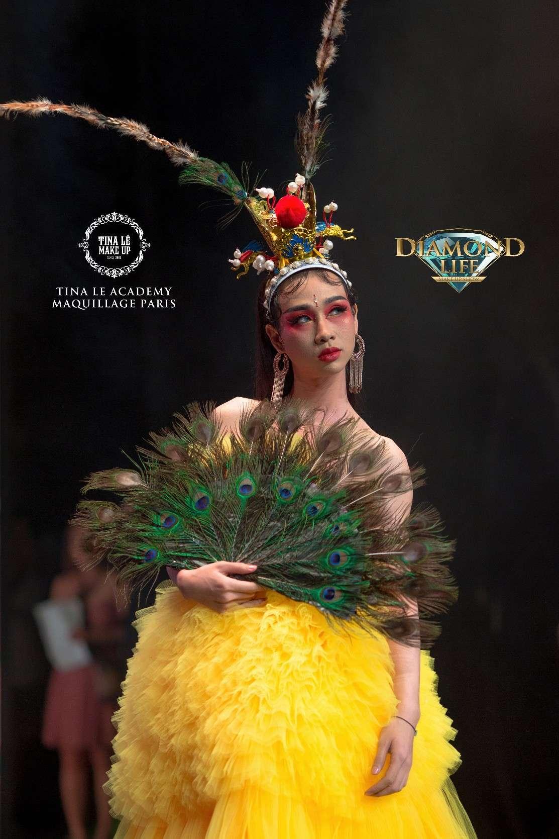 """Vào vai Mỹ Hầu Vương, Hải Triều khiến khán giả chỉ có thể thốt lên rằng """"Wow, quá đẹp!""""."""